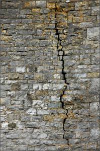 Come togliere le crepe dai muri