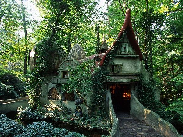 Cottage da fiaba for Piani di casa cottage storybook