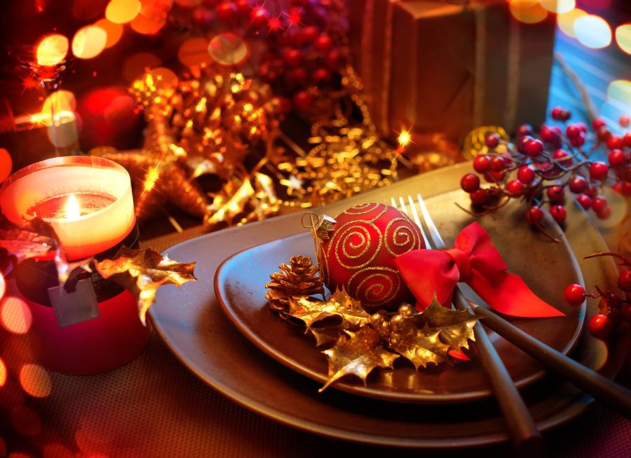 Come apparecchiare la tavola di Natale chic ed elegante