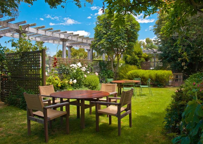 Come decorare il giardino in estate