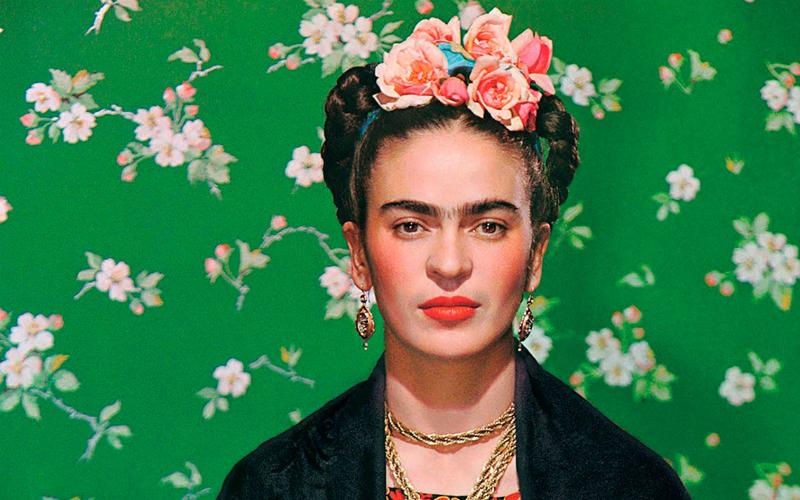Ben noto tua casa con lo stile di Frida Kahlo ZW03