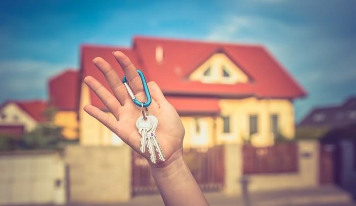 Affitto: chi paga il compenso delll' agenzia immobiliare?