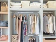Metodo Marie Kondo: per ottenere successo nella vita si comincia riordinando l'armadio
